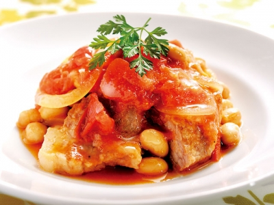 Pork and Soy Beans Cooked in a Tomato Sauce