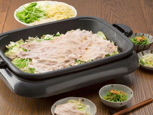 豚肉と野菜の蒸し焼き鍋