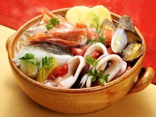トマト鍋(ブイヤベース風)