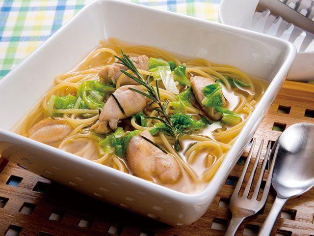 白菜と鶏肉のスープパスタ