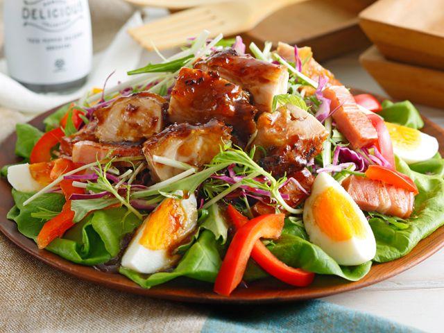 チキンとベーコンのボリュームサラダ